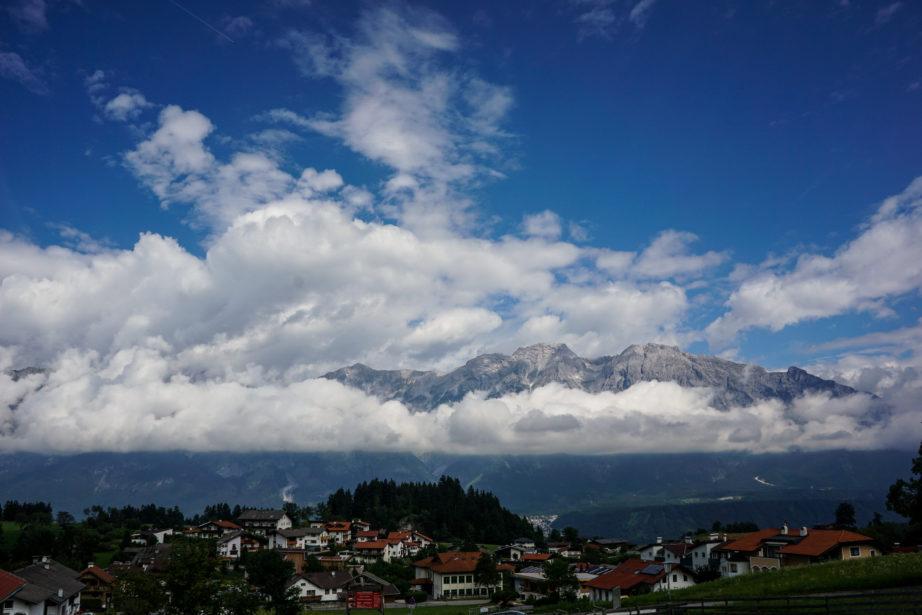 Das Panorama bei der Talstation der Glungezerbahn